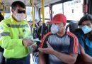 Prefeitura intensifica distribuição de álcool no transporte público