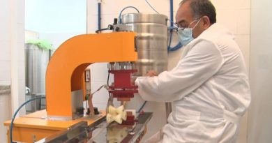 UNITAU inaugura entreposto de mel e derivados