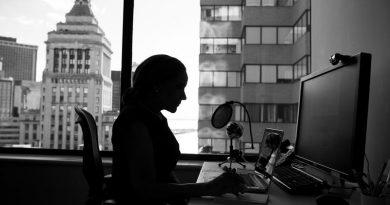 """""""Pouca igualdade e muito desafio, o mercado de trabalho para a mulher no Brasil"""""""