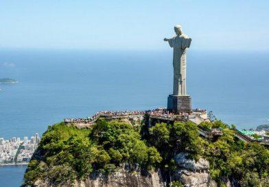 Rio de Janeiro celebra os 90 anos do Cristo Redentor